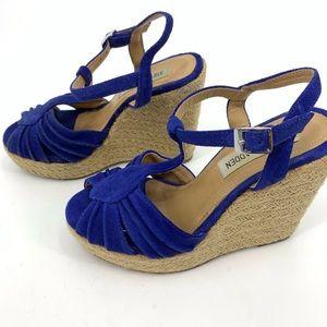 Steve Madden wedge sandals 5.5 strappy suede heels